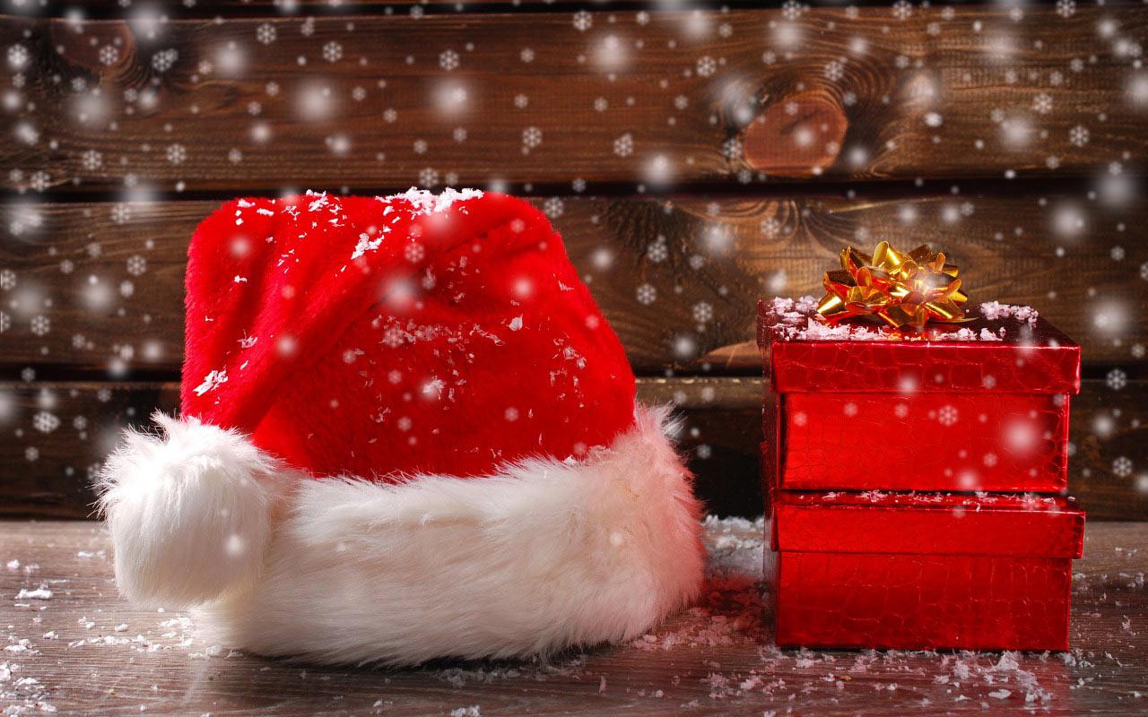 Sfondi Natale desktop con cappello di Babbo Natale